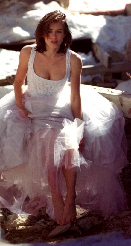 Elizabeth Hurley Feet  Celebrity Pictures-9909