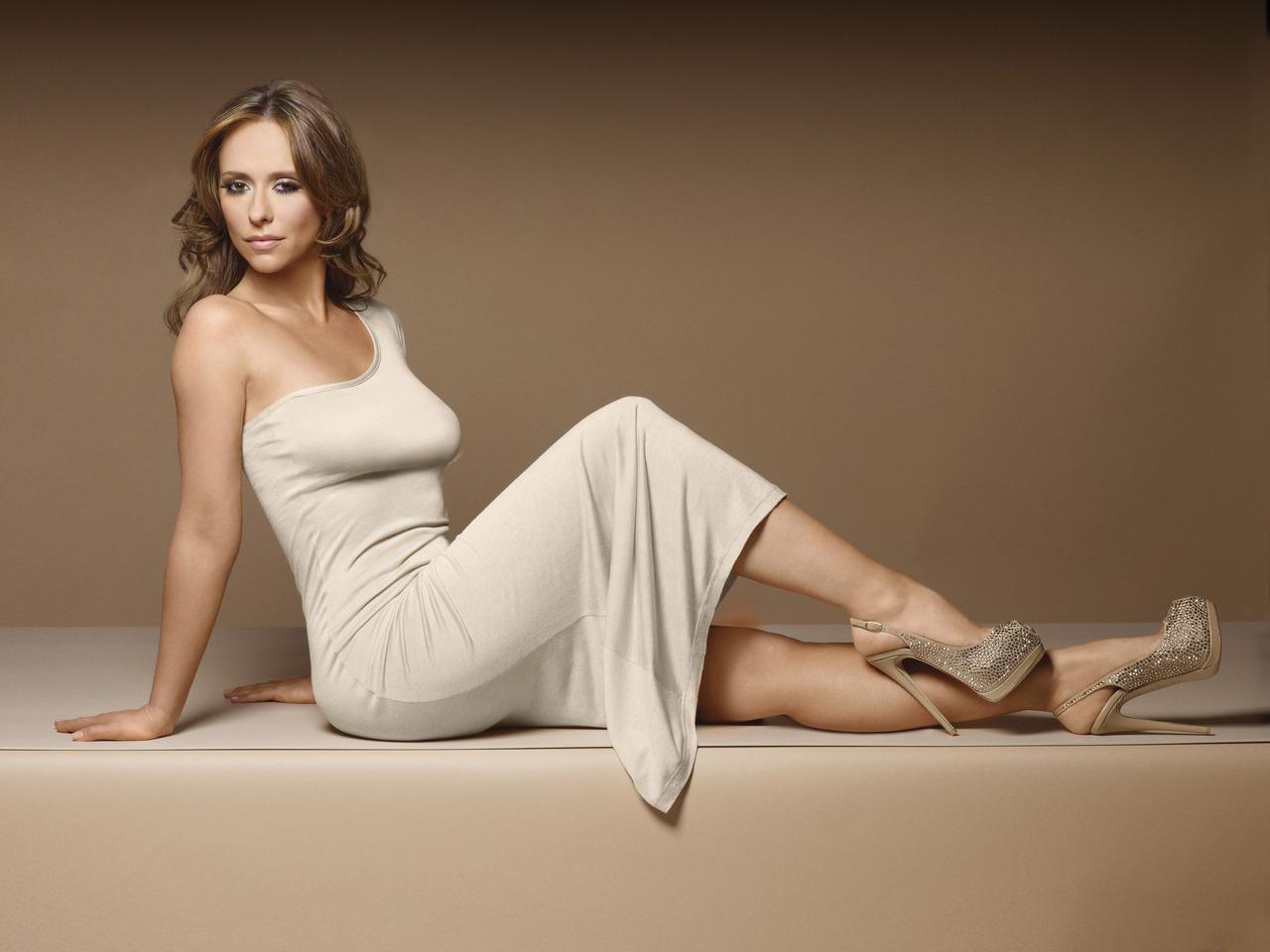 Jennifer Love Hewitt Feet  Celebrity Pictures-4109