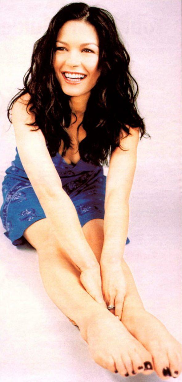 Catherine zeta jones feet celebrity pictures