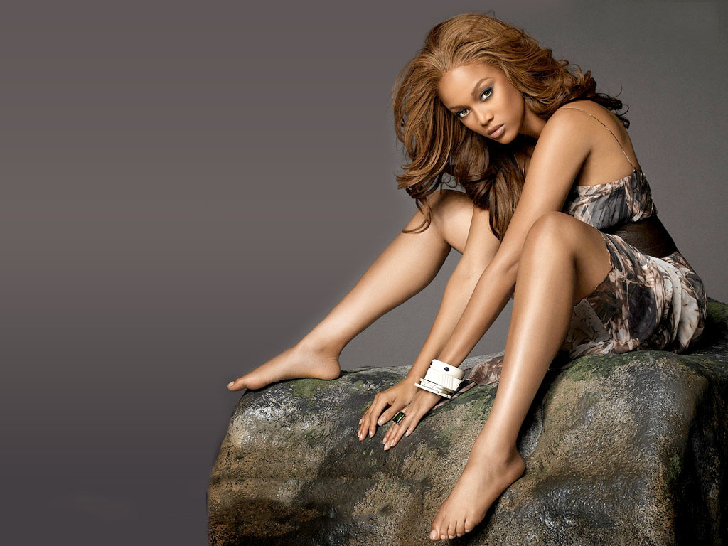 Right! tyra banks sexy legs
