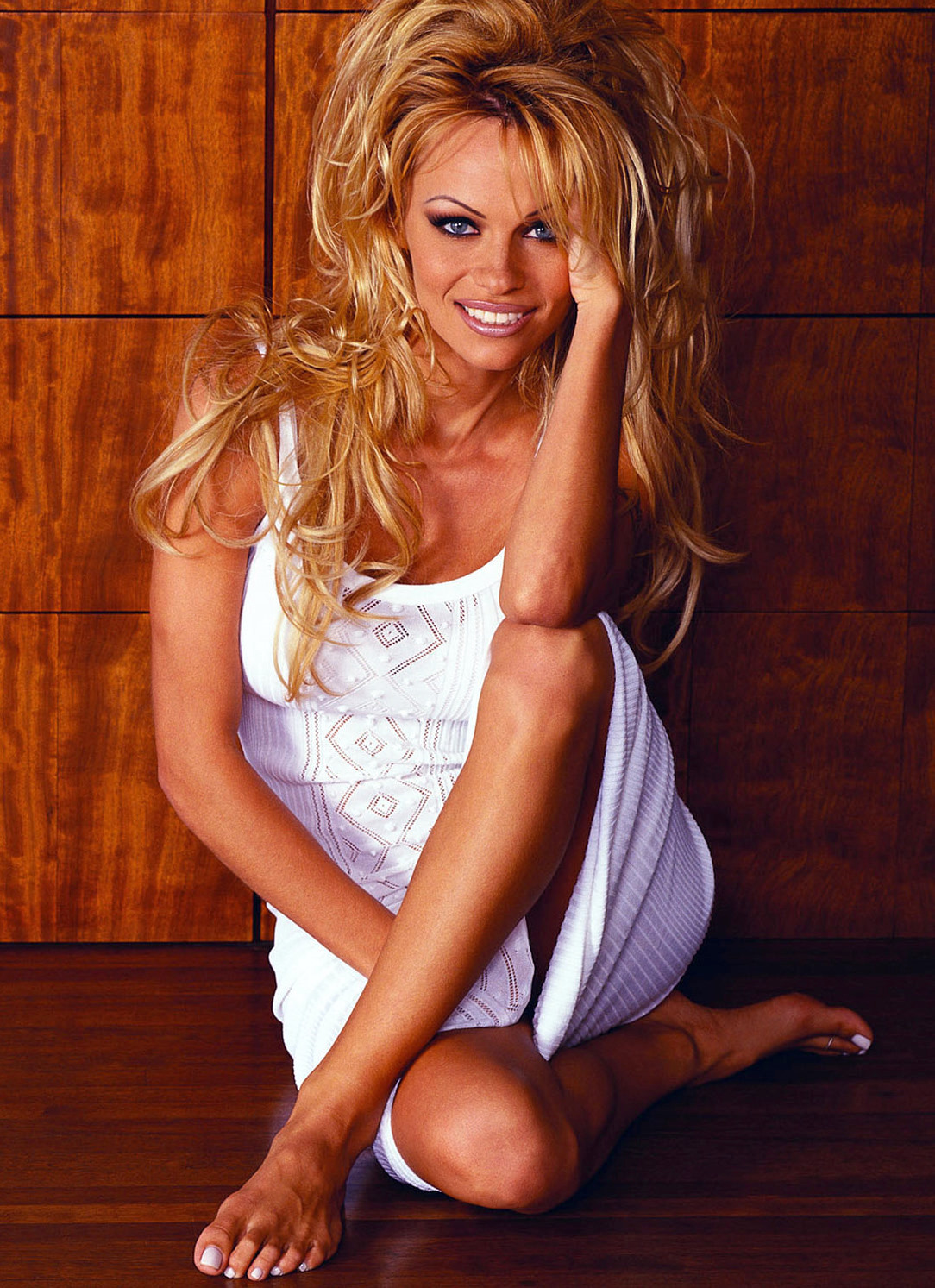 Pamela Anderson Feet  Celebrity Pictures-3049