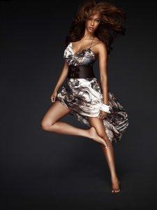Tyra Banks feet