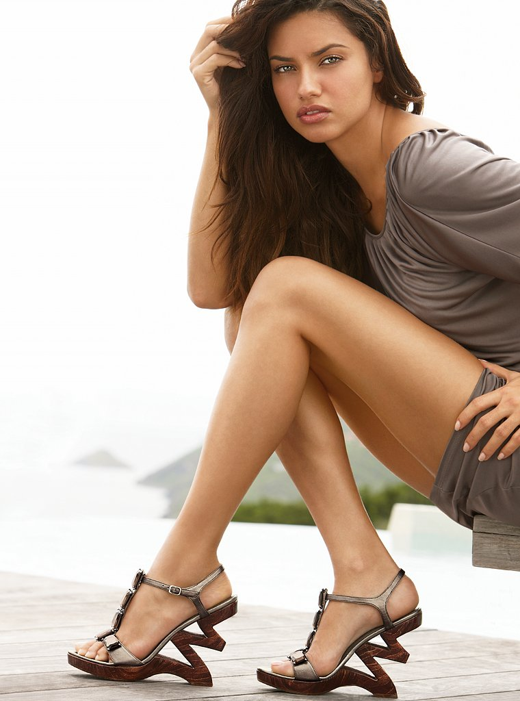 Adriana Lima Feet Celebrity Pictures