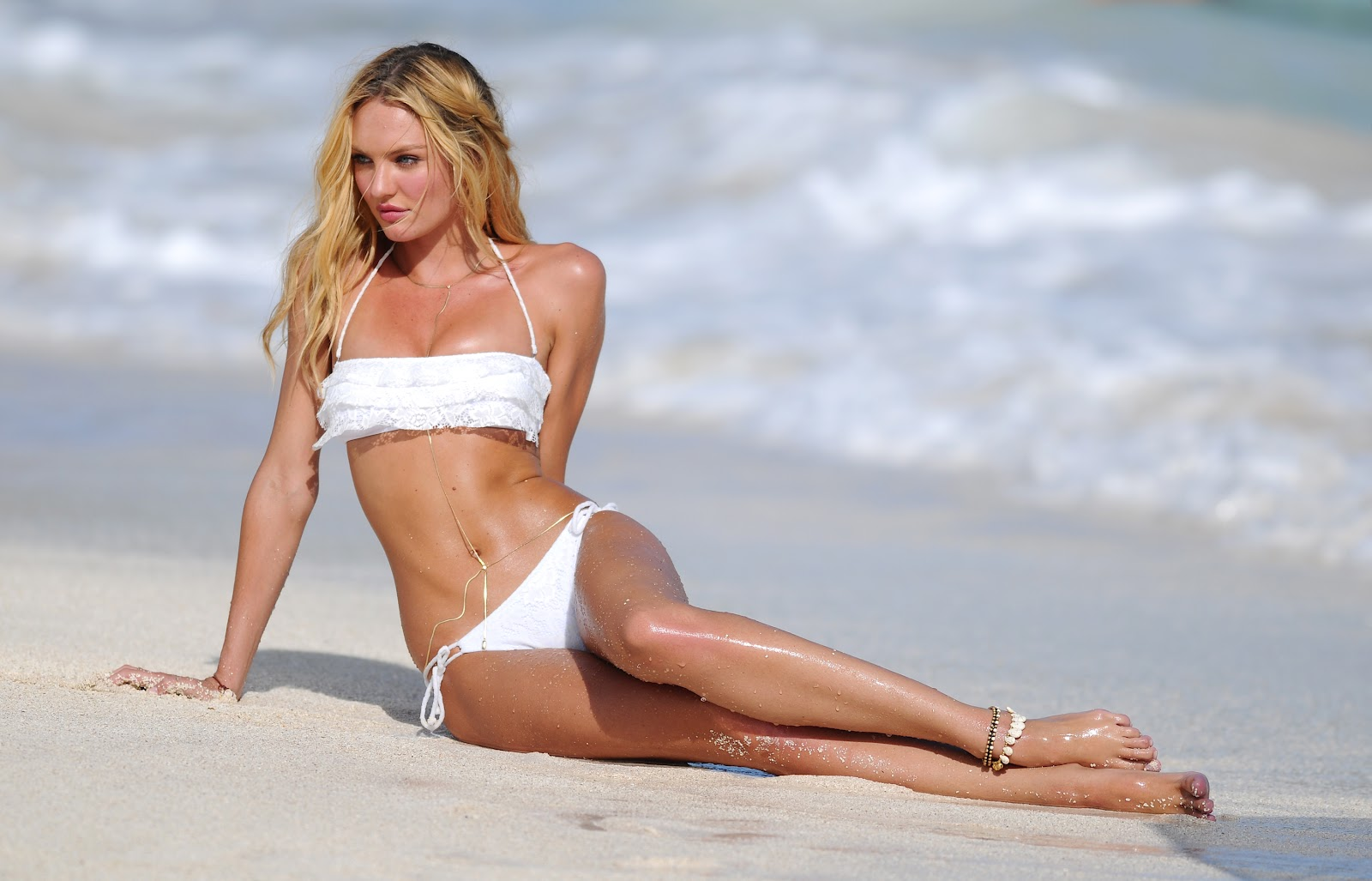 candice swanepoel feet celebrity pictures