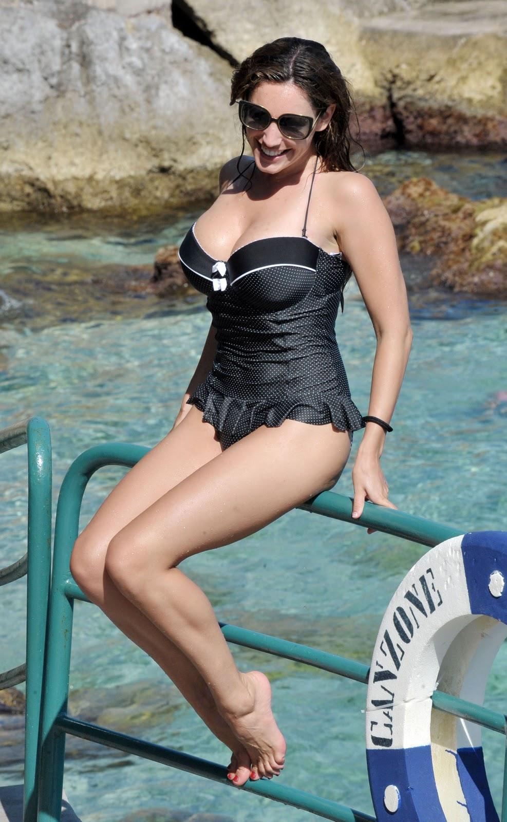 Amanda seyfried dating 2010 dodge 6