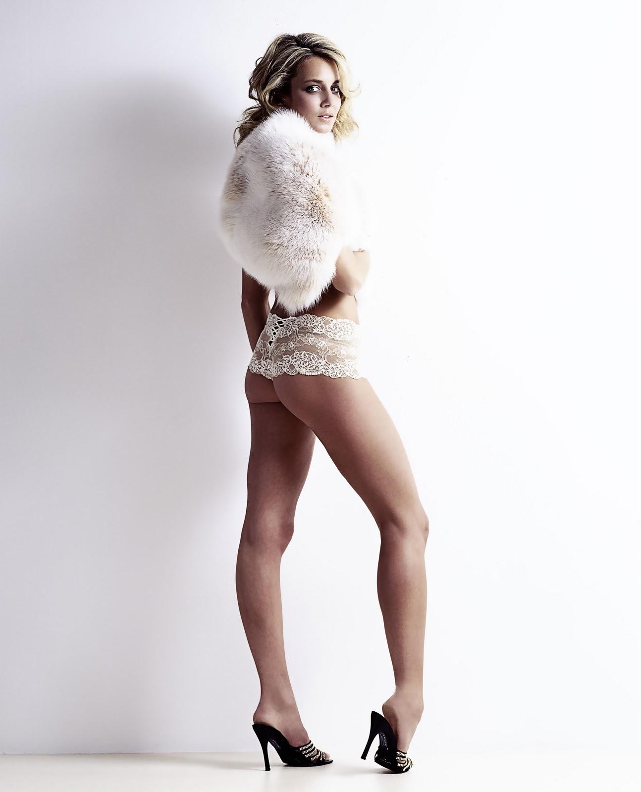 Lady Victoria Hervey Topless 3