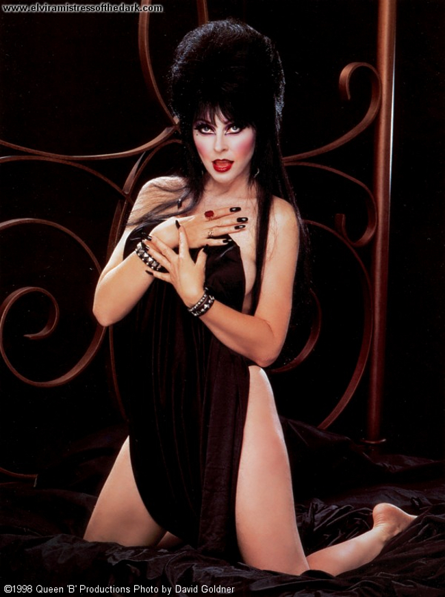 Porn pics of Cassandra Peterson AKA Elvira Nude Photos.