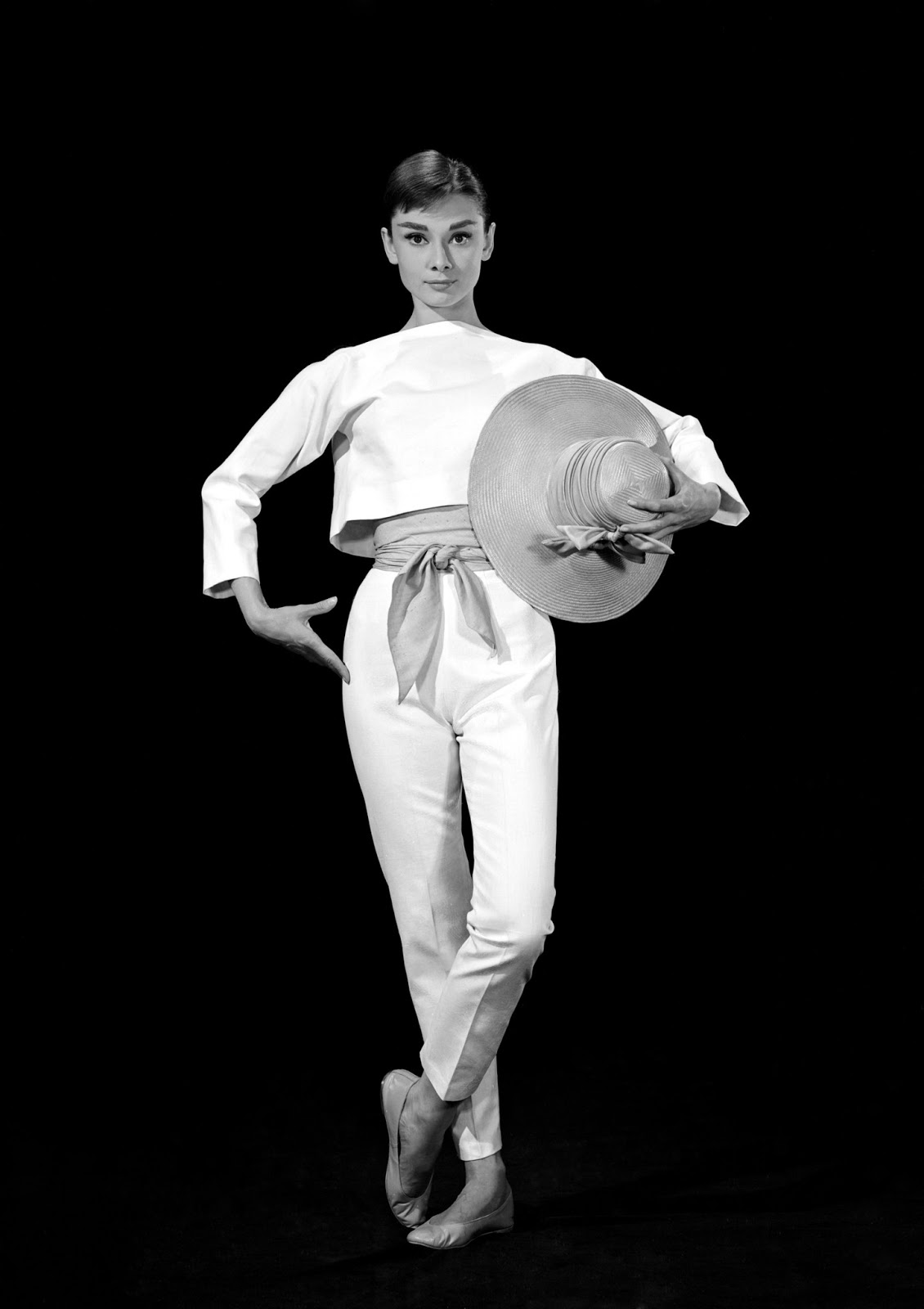 audrey hepburn feet celebrity pictures. Black Bedroom Furniture Sets. Home Design Ideas