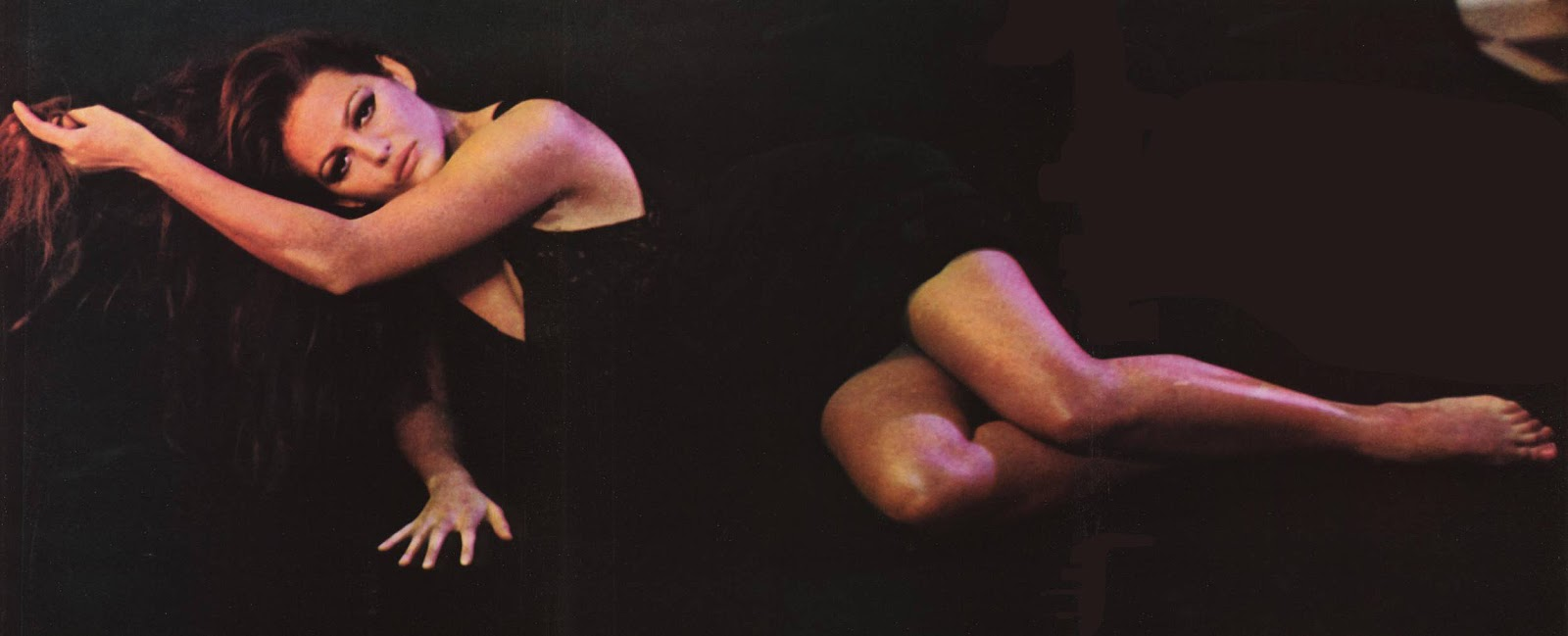 claudia cardinale feet - photo #30