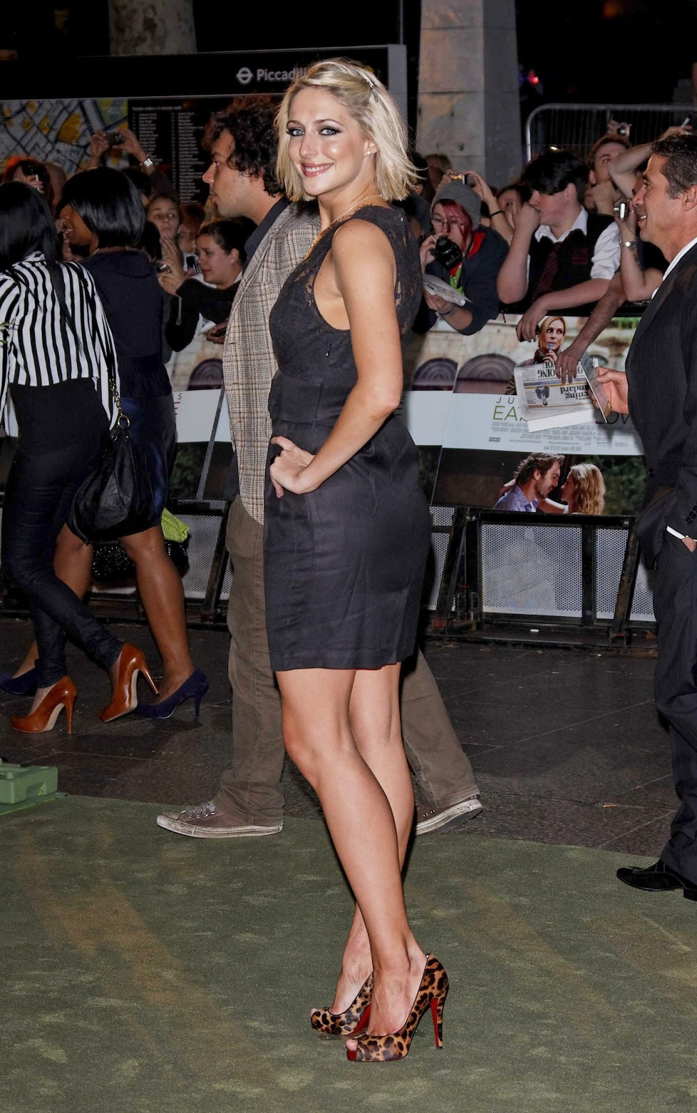 15. Megan Fox,Tonea Stewart XXX clip Kate Wilkinson,Kim Stolz