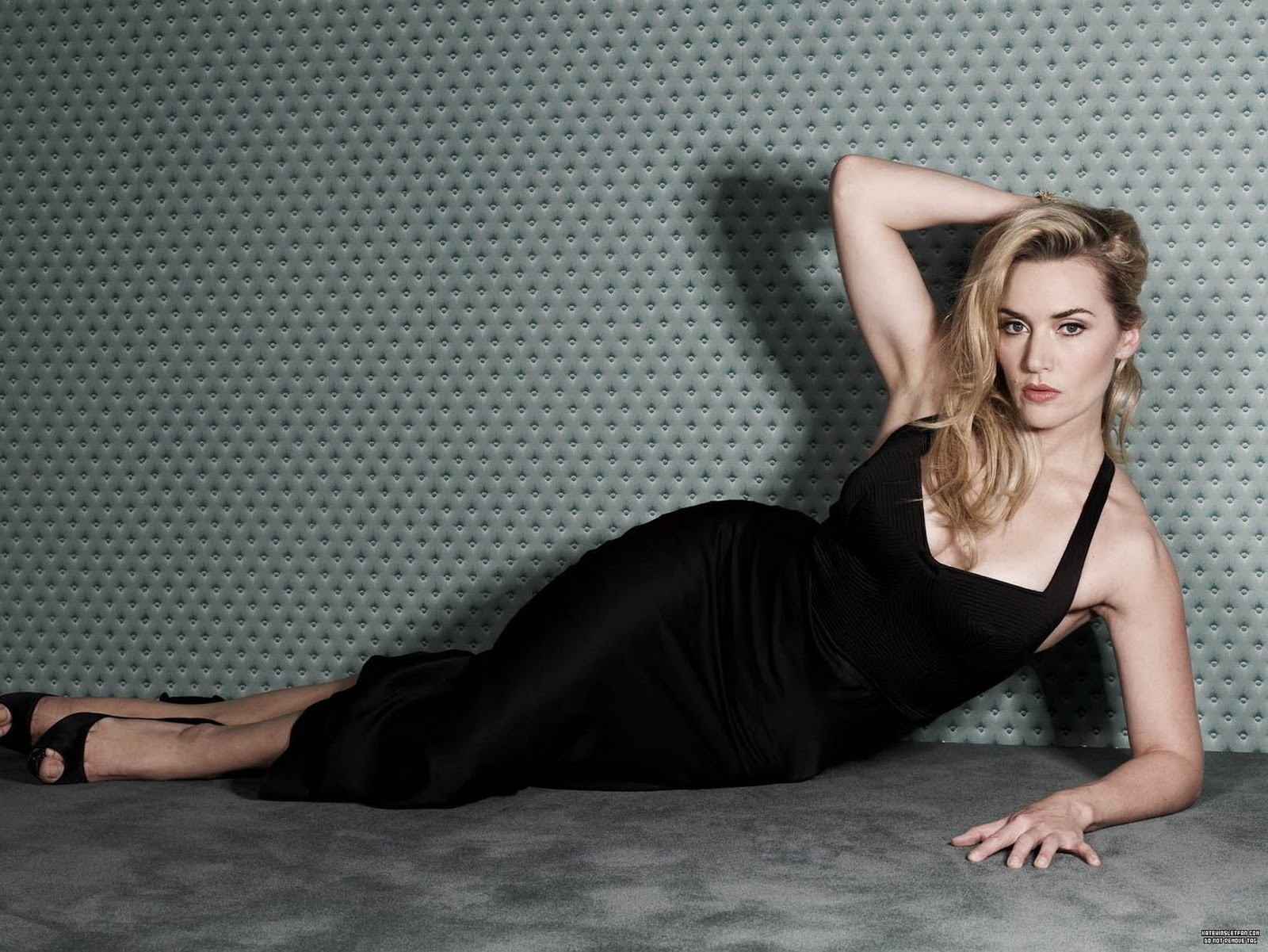 Kate Winslet Feet  Celebrity Pictures-9199