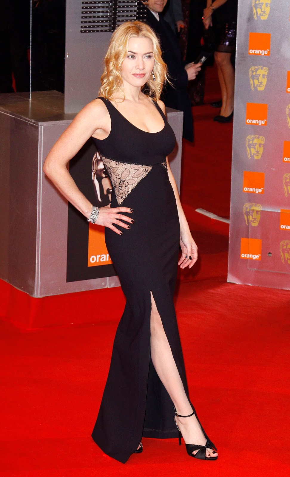 Kate Winslet Height, Weight, Measurements, Bra Size, Age ...